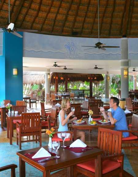 valentin imperial maya restaurant